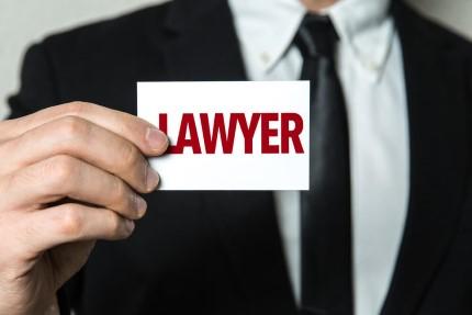 מצאתם דירה! מה החשיבות של עורך דין טוב לסגירת הסכם הרכישה