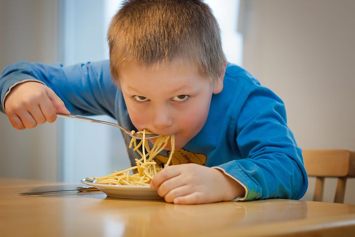 איך שומרים על תזונת הילדים בחגים