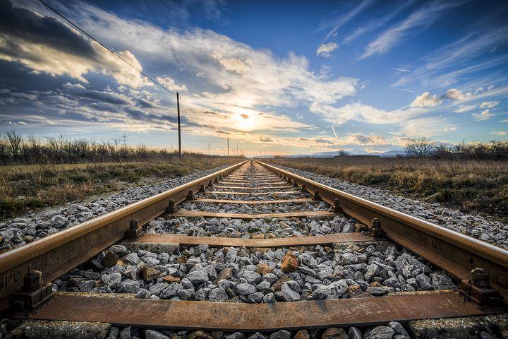 """מהרכבת לקב""""ה וחזרה"""