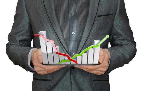 מסחר במדדים באמצעות חוזים עתידיים לעומת מסחר בבורסה