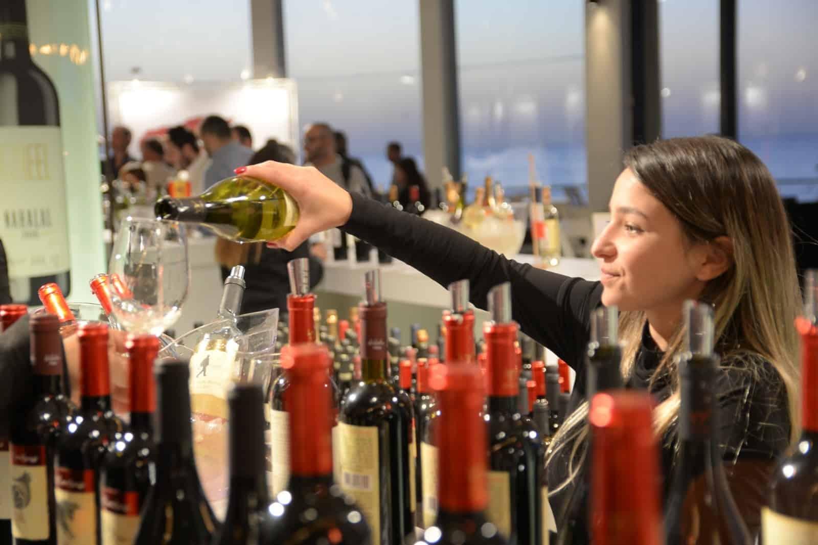 פסטיבל היין הכשר הבינלאומי 'טועמים עולם' חוזר לנמל תל אביב